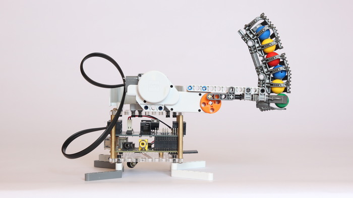 Raspberry Pi add-on will help you build Lego Mindstorm robots | Ars ...