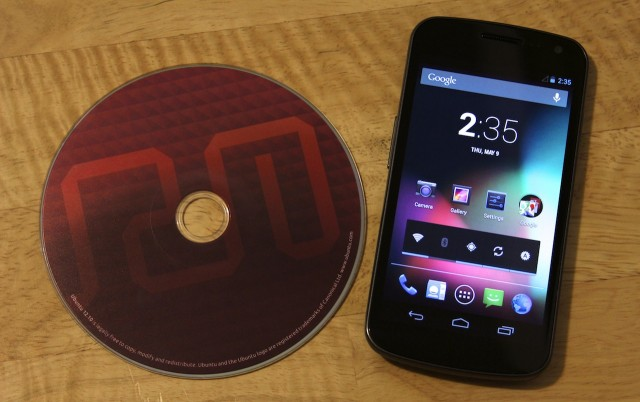 After many frustrating hours, I realized that this wasn't the right way to install Ubuntu to the Galaxy Nexus.