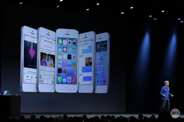 The look of several key apps in iOS 7.