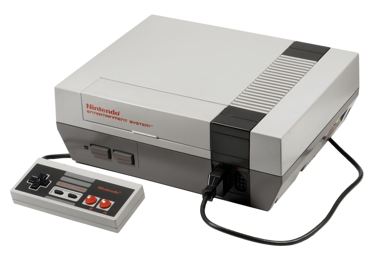 By late 1985, Nintendo had settled on the console design that most American readers will be the most familiar with.
