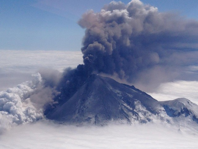Explosive dispersal: Microbes hitch a ride on volcanic eruptions