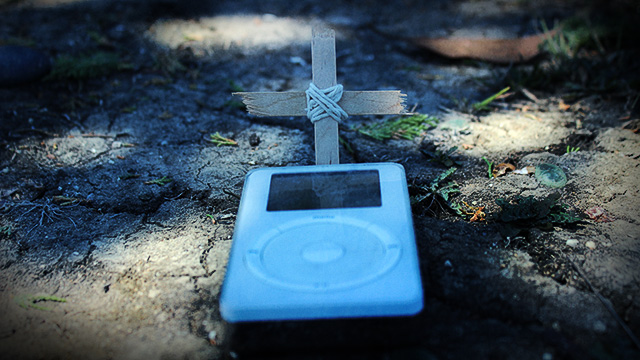 Op-ed: Why the days are numbered for the legacy iPod