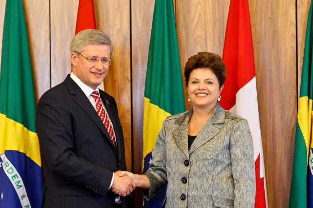 Canadian Prime Minister Stephen Harper (left) met with Brazilian President Dilma Rousseff in 2011.