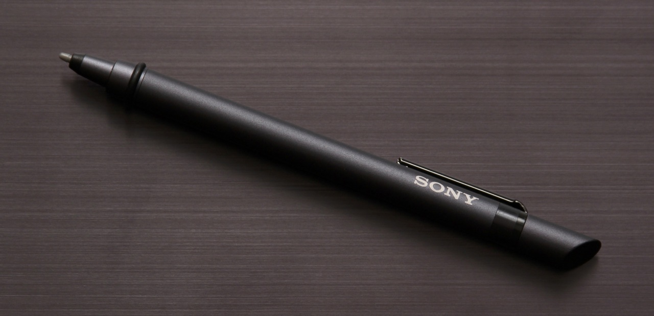 The metallic pen Sony sent us along with the VAIO Flip 13 review unit. While all the Flip models support pen input, the pen itself is sold separately. Sony includes some apps like ArtRage Studio on the laptop for pen users' benefit.