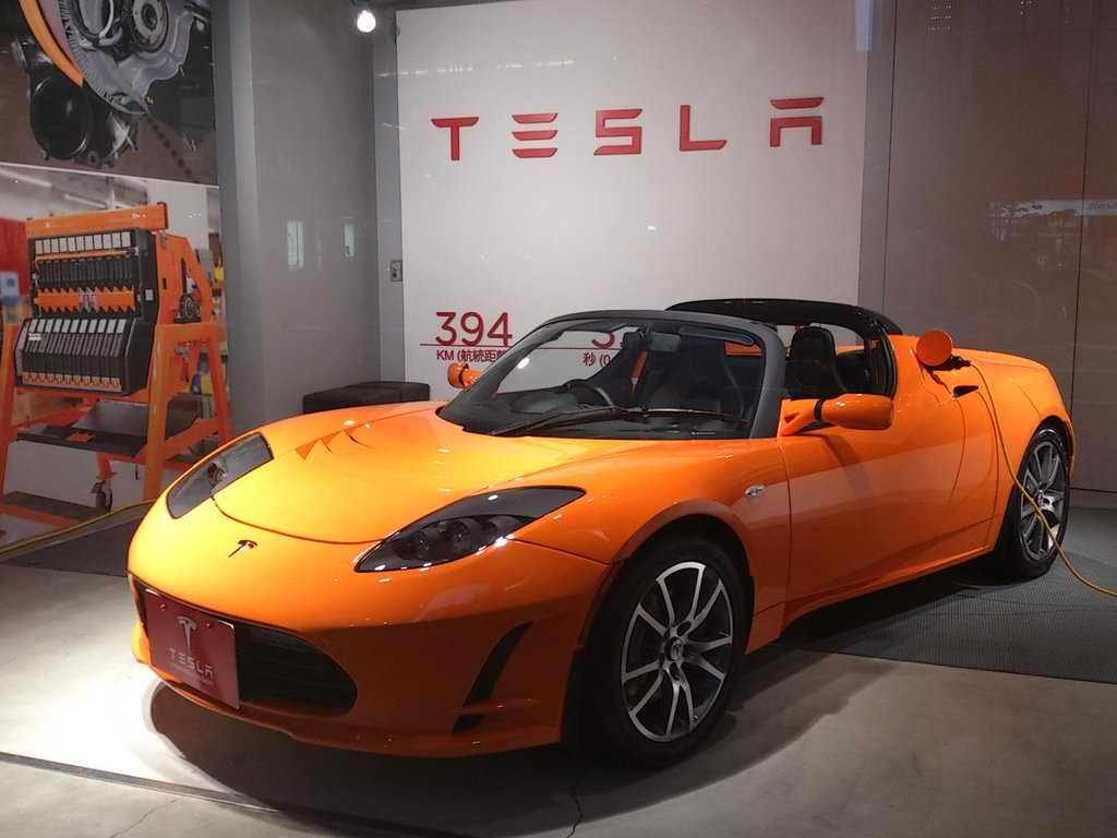Before The Model S Came Tesla Roadster