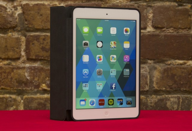 For the first time, iPad minis can also be outfitted with a Smart Case, which adds additional protection to the back of the tablet at the cost of some size and weight. We prefer the Smart Cover, but the option is welcome.