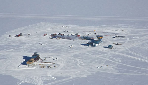 The South Pole base where IceCube was built.