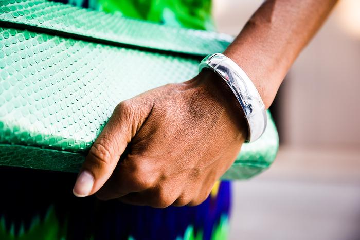 The Memi smartbracelet—not quite a smartwatch, not quite a bracelet, possibly pretty nifty.