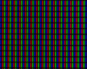 A close up of the screen. Nothing special here, just a straight RGB stripe.