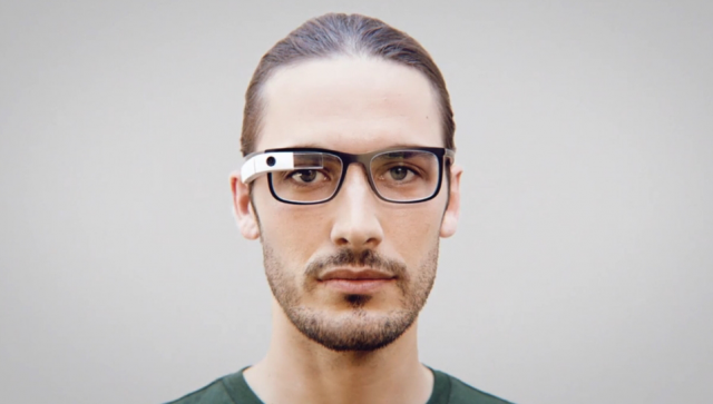 Google Glass finally works with prescription glasses, frames cost $225