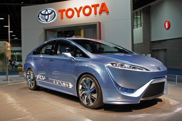 Toyota announces FCV,  a commercially viable fuel cell vehicle