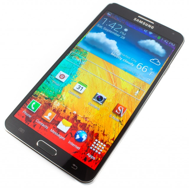 KitKat begins rolling out to the Samsung Galaxy Note 3, starting with Poland