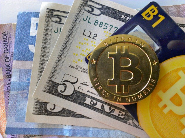 Men charged with scheme to sell $1 million in bitcoins to Silk Road users