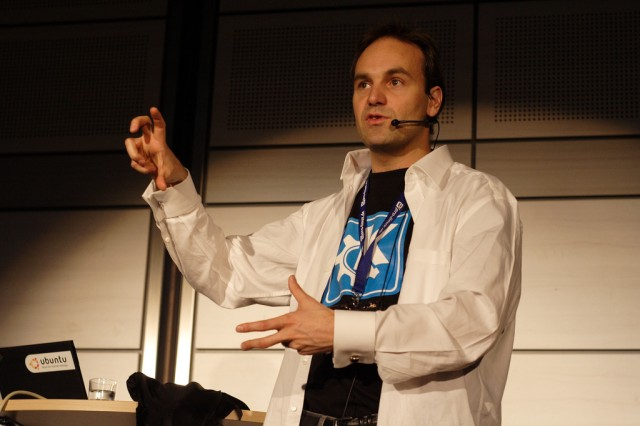 Mark Shuttleworth in 2006.