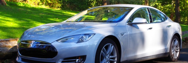 Cops Pull Over Tesla Cruising on Freeway with Apparently Asleep Driver