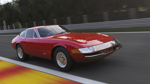 Microsoft offers Forza Motorsport 5 free with Xbox One starting next week