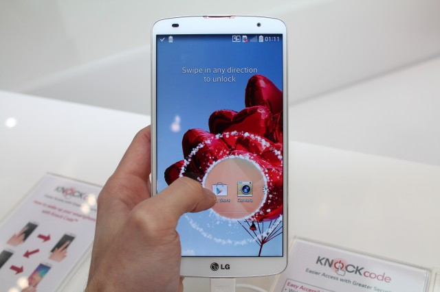 Hands on with the LG G Pro 2 and the G2 mini