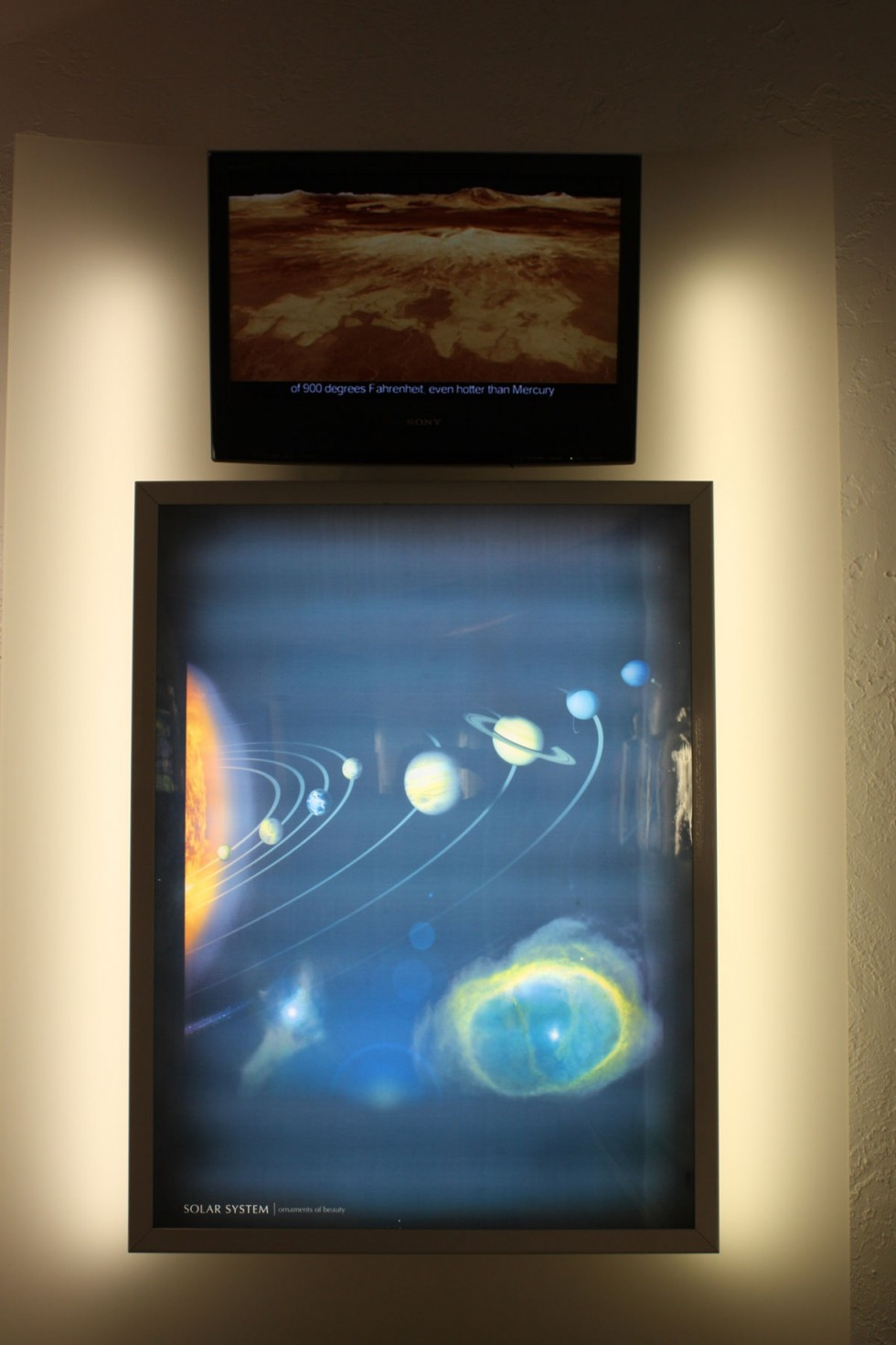 Just past the Six Days Theater, where visitors can take in a multimedia presentation on the young-Earth Creationist interpretation of the first two chapters of Genesis, lies the Wonders Room. Here, we behold the wonder of the Solar System (which is pretty darn wondrous).