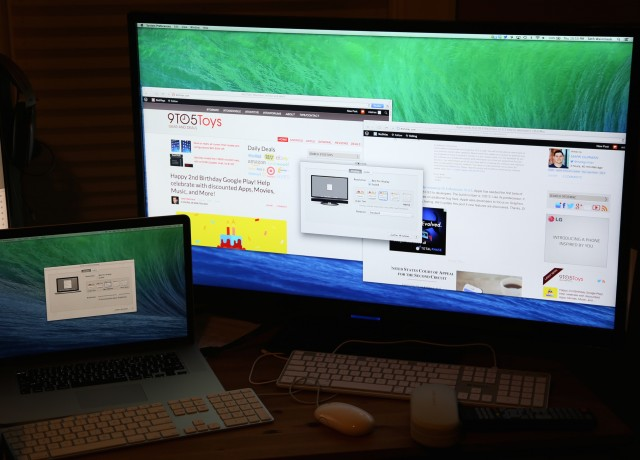 An OS X 10.9.3 beta running in Retina mode on what appears to be a 39-inch Seiki 4K display.
