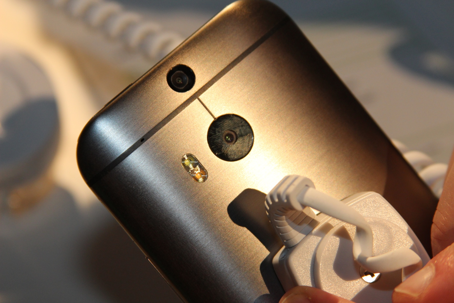 The new dual-LED flash and dual rear-facing cameras.