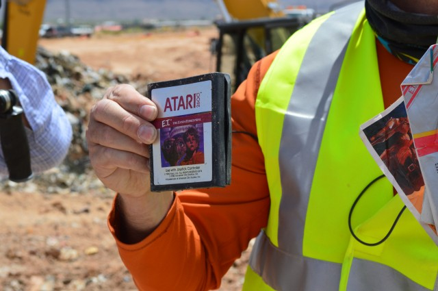 881 E.T. cartridges buried in New Mexico desert sell for $107,930.15
