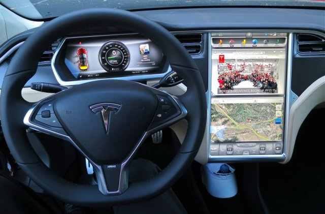 How mobile app weakness could let hackers track and unlock a Tesla Model S