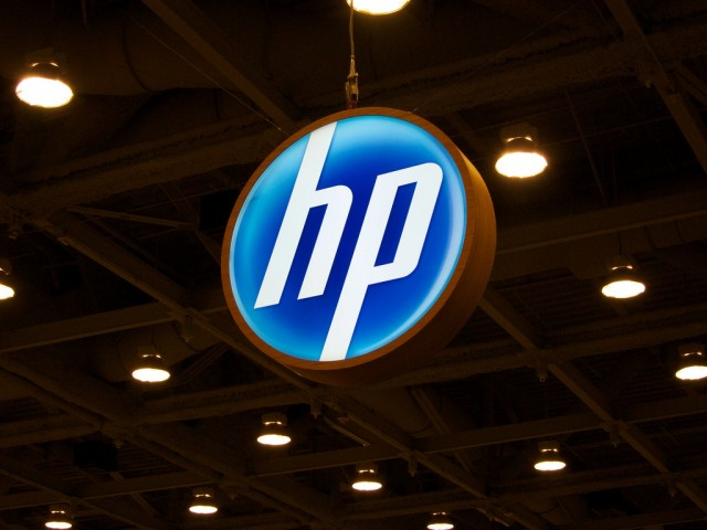 HP axes up to 16,000 more jobs