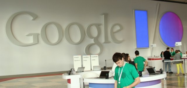 Google I/O schedule mentions Android Wear and camera API, disses Google+
