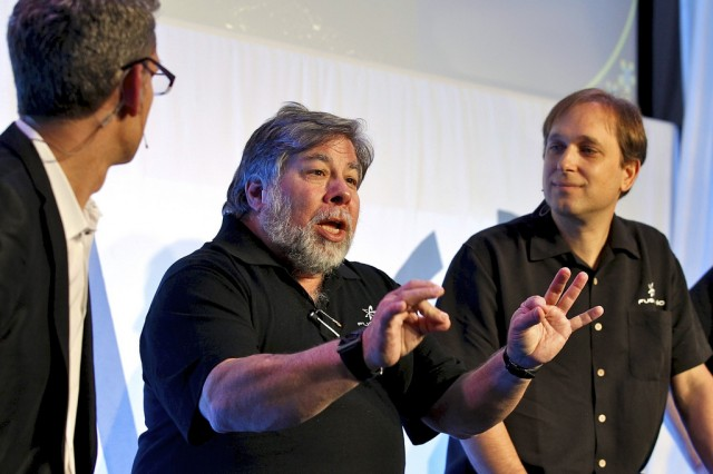 Steve Wozniak (center) spoke with Fusion-io CEO David Flynn (right), at DEMO Conference in 2011.