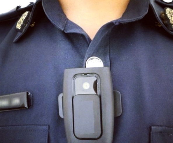 Obama wants to buy 50,000 body cams for police, monitor military gear handouts