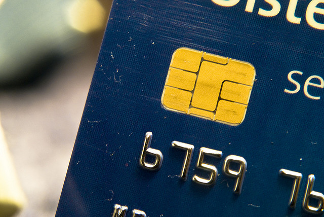 Chip-based credit cards are a decade old; why doesn't the US rely on them yet?