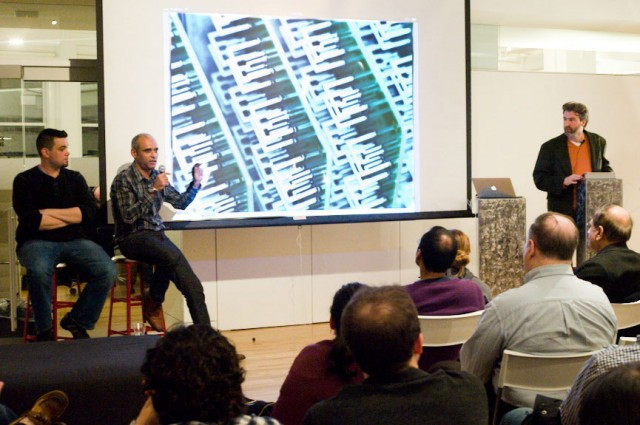 Aereo CEO Chet Kanojia discusses the company to a group of tech enthusiasts.