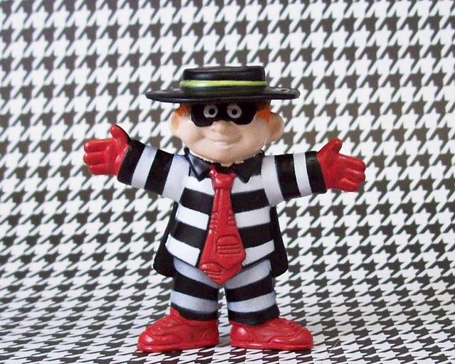 "Feds unmask mystery hacker who ""hamburgled"" Burger King Twitter account"