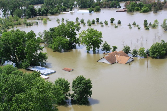 Flooding along the Missouri River on the Iowa-Nebraska border in 2011.