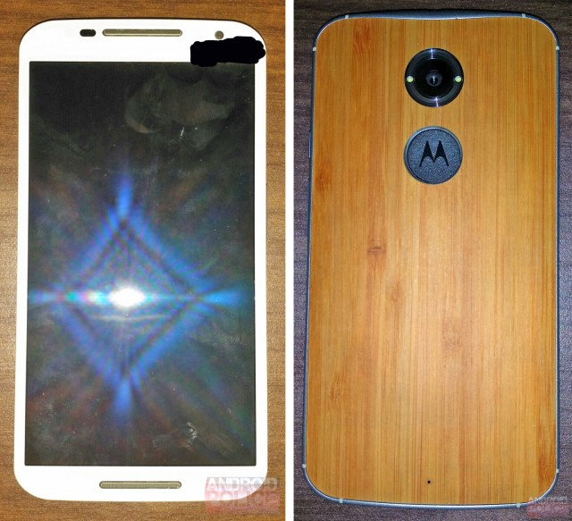 Photos of the Moto X+1 leak, show wooden back