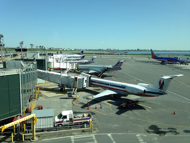 Feds balk at court's order to explain no-fly list selection process