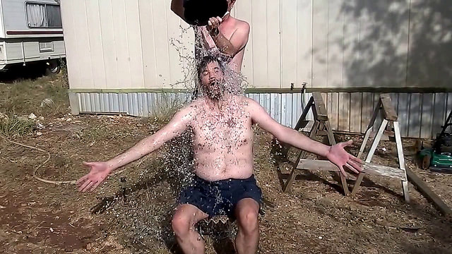 ALS Association drops 'ice bucket challenge' trademark app after complaints