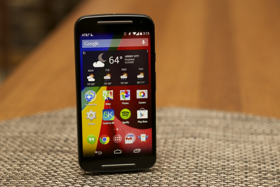 The new Moto G is mostly just a larger version of the original, and that's fine.