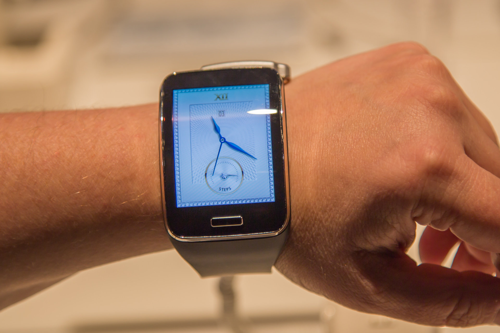Hands on with the Galaxy Note 4, Note Edge, Gear S, and Gear