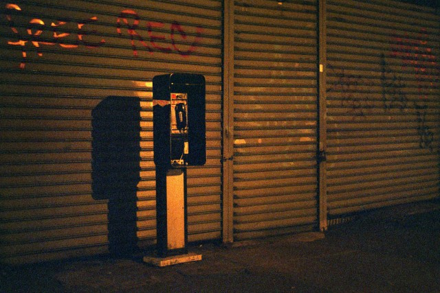 New York City orders Bluetooth beacons in pay phones to come down