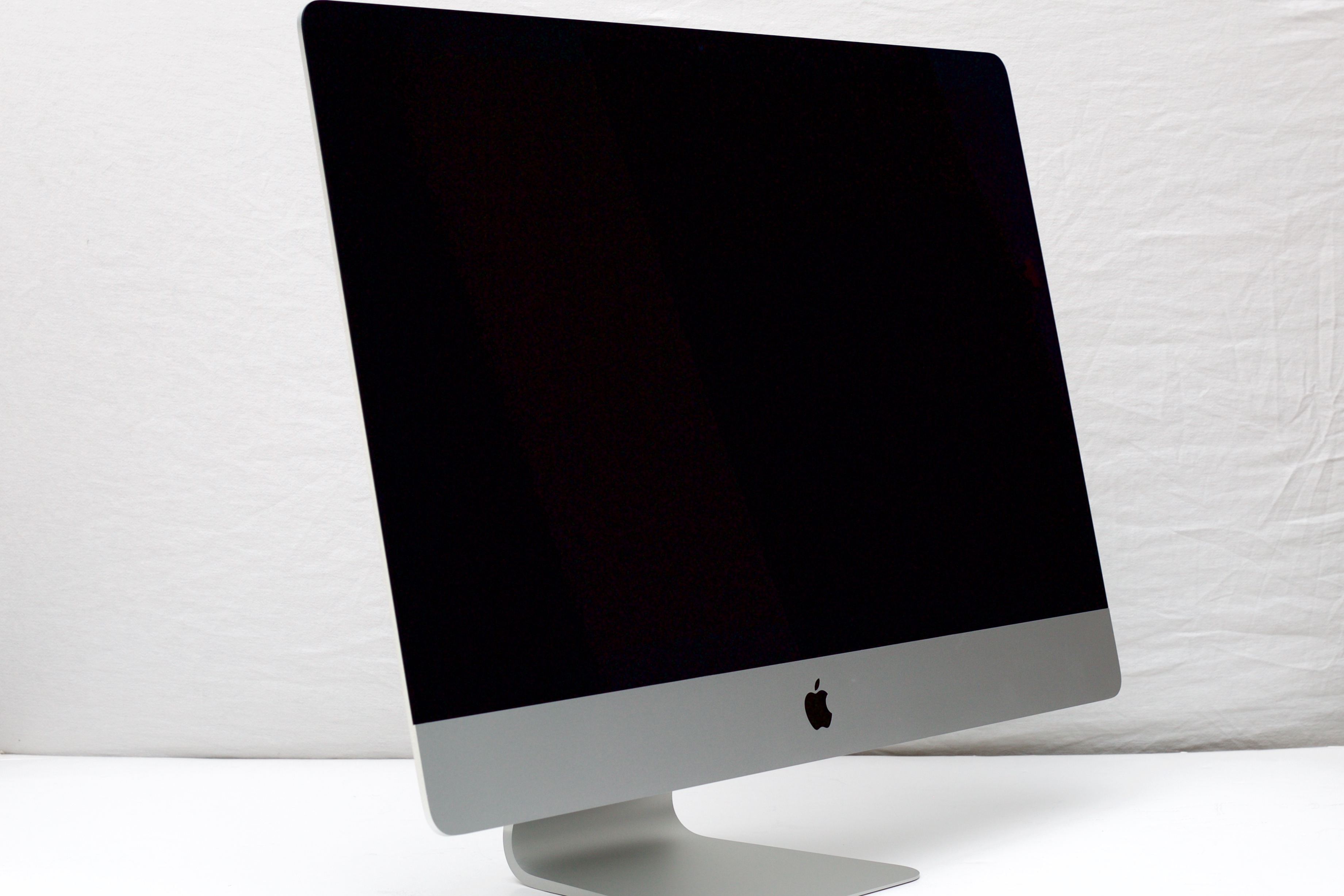 The new iMac—externally, same as the old iMac.