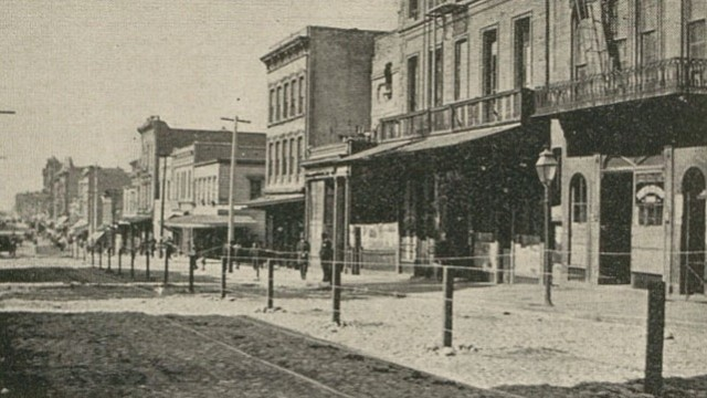 A barbed-wire fence erected around San Francisco's Chinatown district in 1900 amid Bubonic plague fears.
