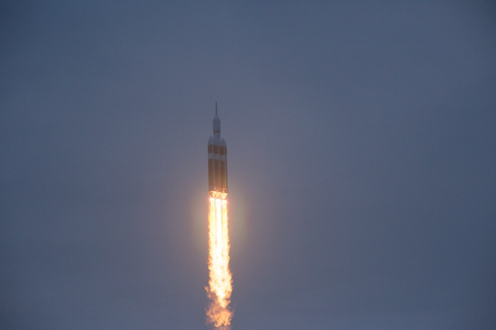 Second time's the charm—NASA's Orion EFT-1 blasts off from the Cape [Updated]