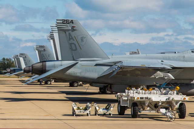 From PC to Navy, Ars pits casual flight sim skills against a