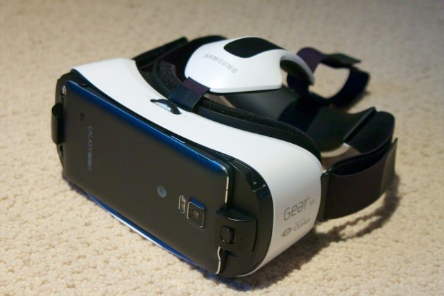 Samsung Gear VR first impressions: VR is finally plug-and-play