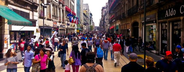 Collision avoidance predicts pedestrians' behavior