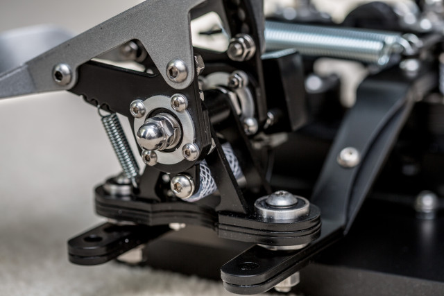 Want high-end flight sim pedals? Put $500 in a Polish bank