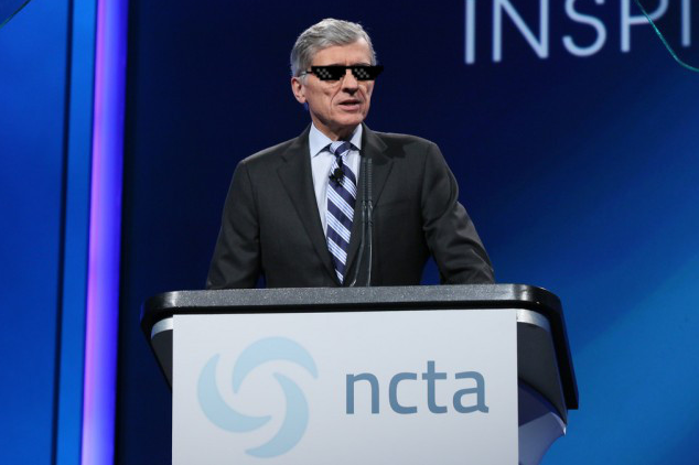 FCC Chairman Tom Wheeler addressing the cable industry in 2014 (not his real eyewear).