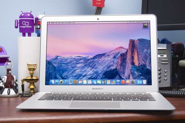 The 2015 MacBook Air.