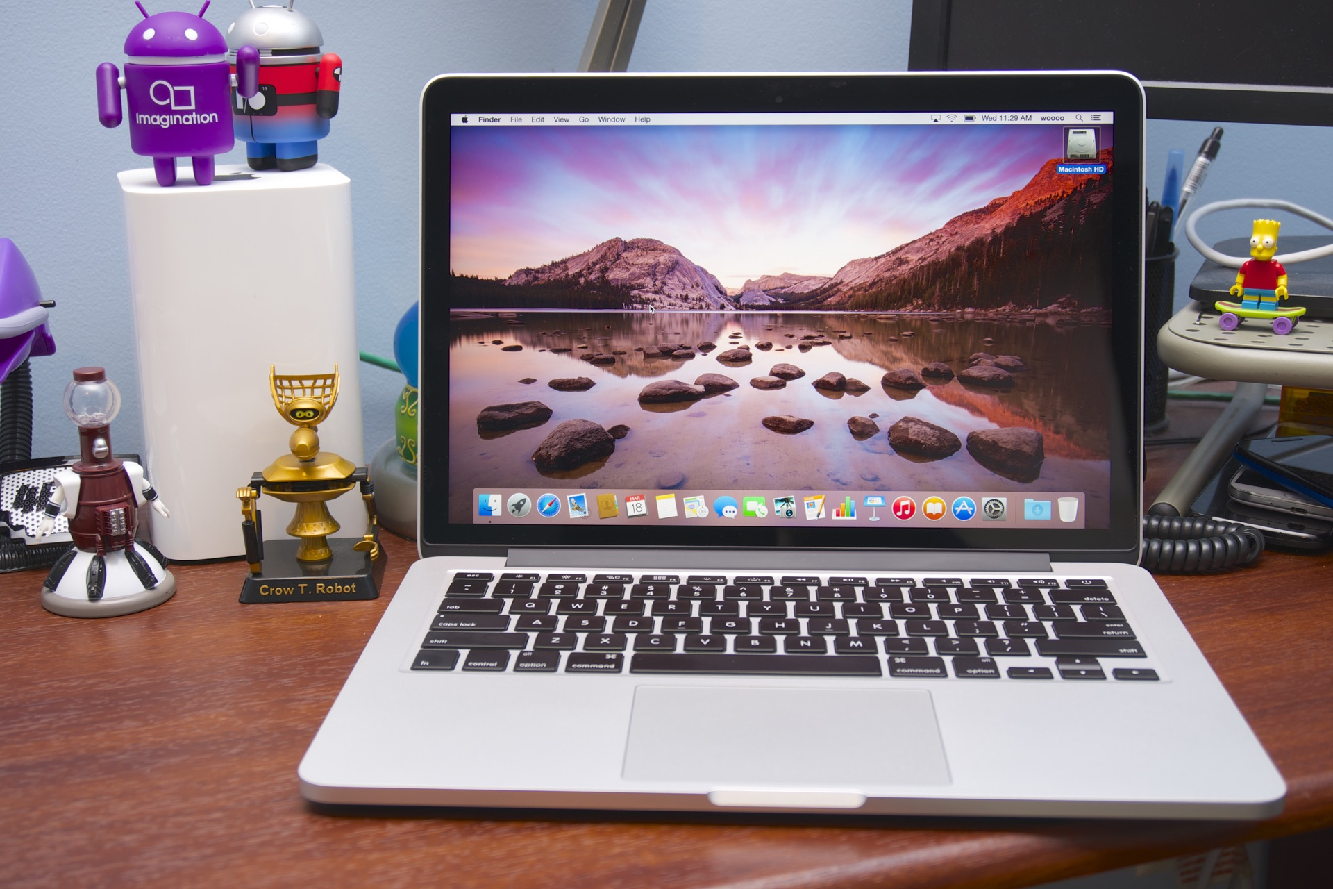 13 inch broadwell macbook showdown should you go pro or get an air ars technica. Black Bedroom Furniture Sets. Home Design Ideas